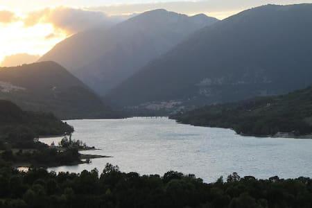 Appartamenti nel Parco Nazionale d'Abruzzo - Villetta Barrea