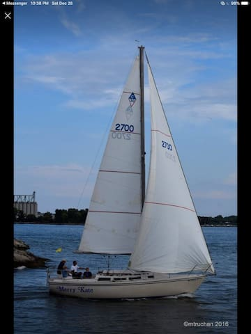 Stay a night on a 30' sail boat in Lake Huron
