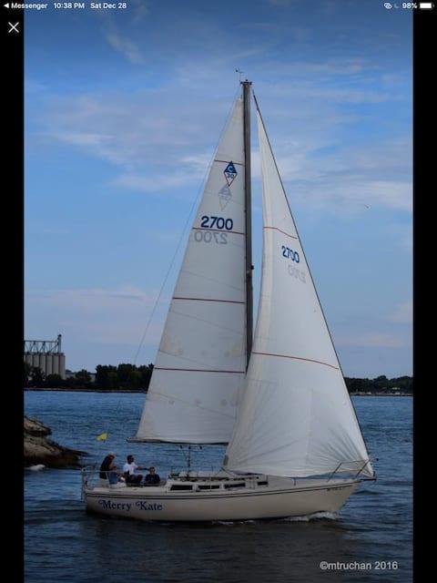 Stay a night on a 30' sail boat Lake Huron @ dock