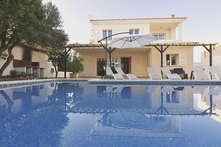 Villa Solera