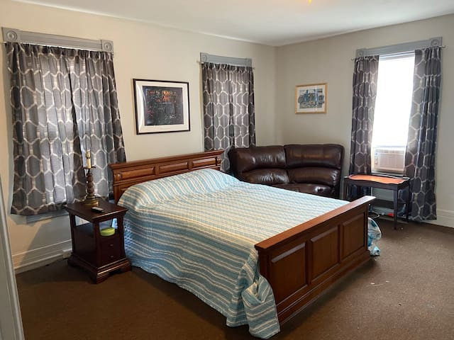 Stallion Suite at Shades of Gray Horse farm