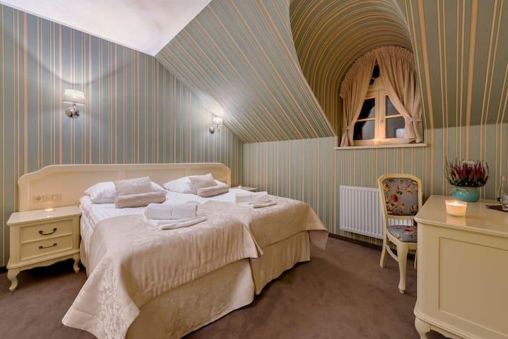 Hotel Dwór Fijewo *** Golub-Dobrzyń/ pokój nr 9