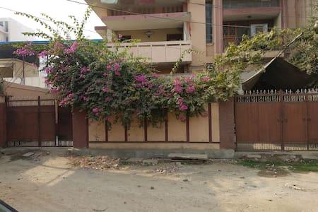 Homestay near Ganges
