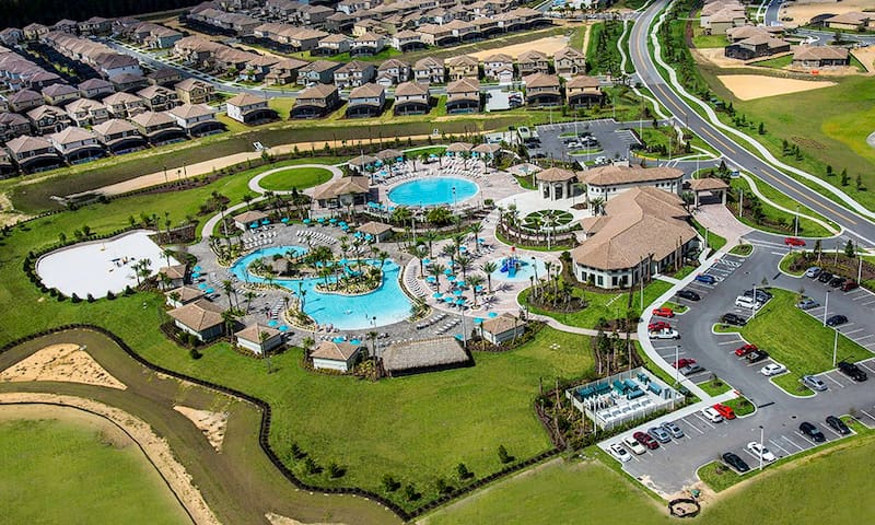 03 Oasis Clubhouse Aerial Shot.jpg