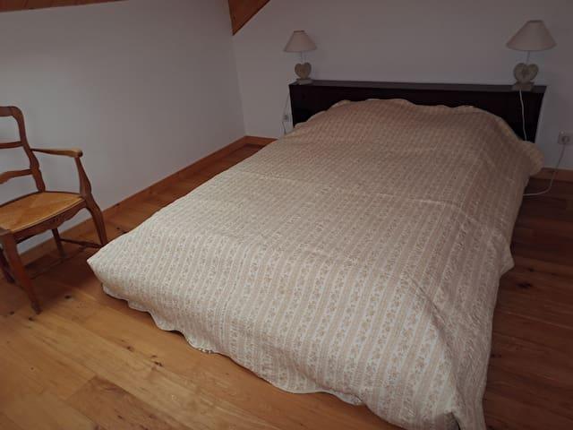 chambre 2 couchages à l'étage