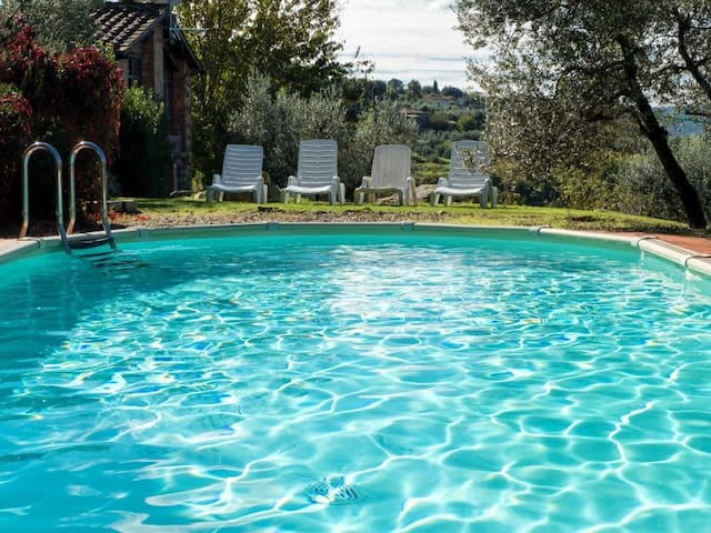 IL NOCE-independent barn with private pool