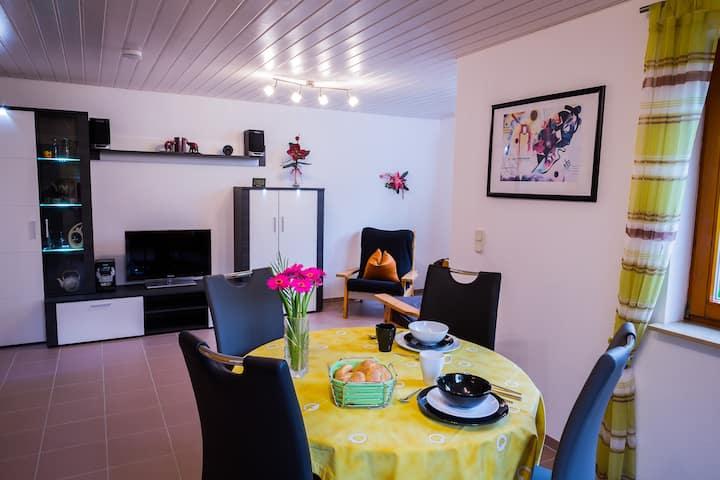 Helle, modern eingerichtete 45 m² große ELW.