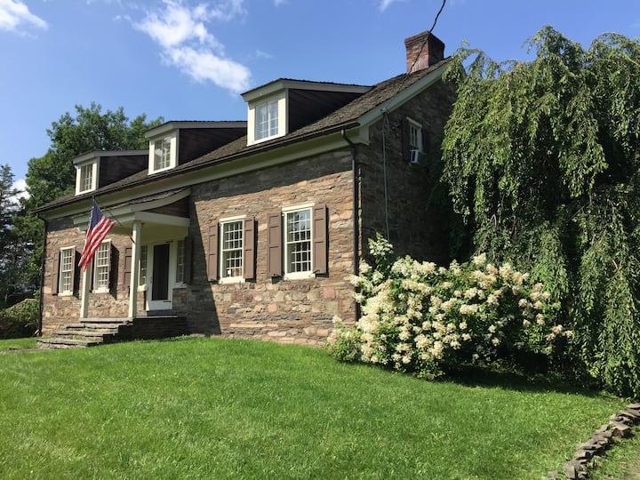 Historic Modern EstateCatskill/Saugerties/HITS/SKI