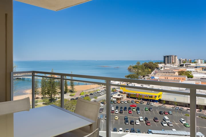 2 Bedroom  Apartment with Balcony Ocean View(2 days)