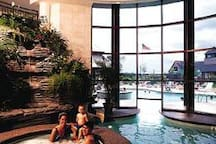 Wyndham Long Wharf Indoor/Outdoor Pool