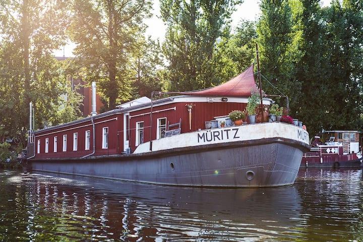 House Boat Müritz