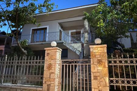 Διαμέρισμα στα Βίταλα (Vitala apartments)