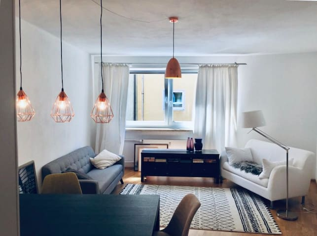 Stylish two room apartment in the heart of Munich