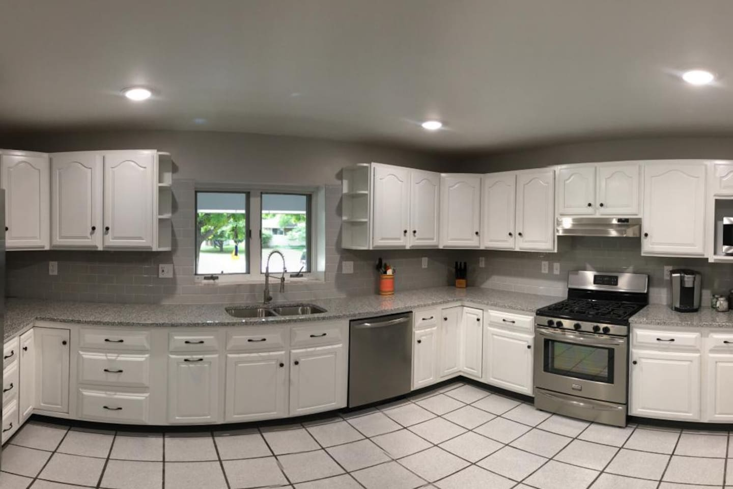 Spacious and well appointed kitchen