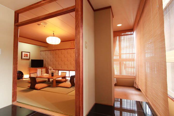 "Misasa Hot Spring Japanese‐Ryokan ""Toenkan"" - Misasa - Appartement"