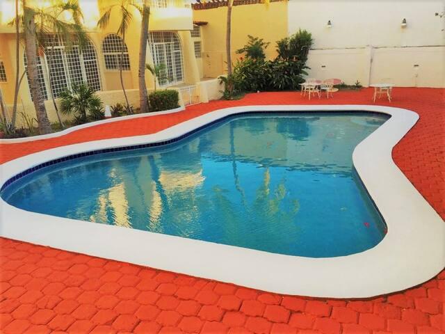 DEPARTAMENTO ENTERO, Alberca, A/A, Playa Condesa