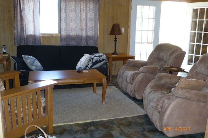 Narrows on the White River Lower 2 Bedroom