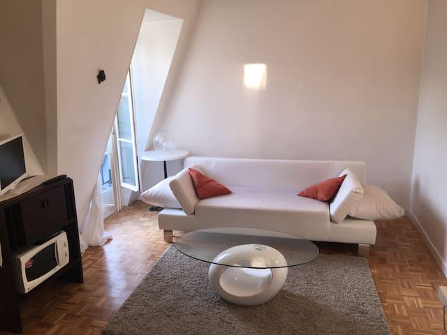 Beau Studio à proximité de Montmartre - Pariisi - Huoneisto