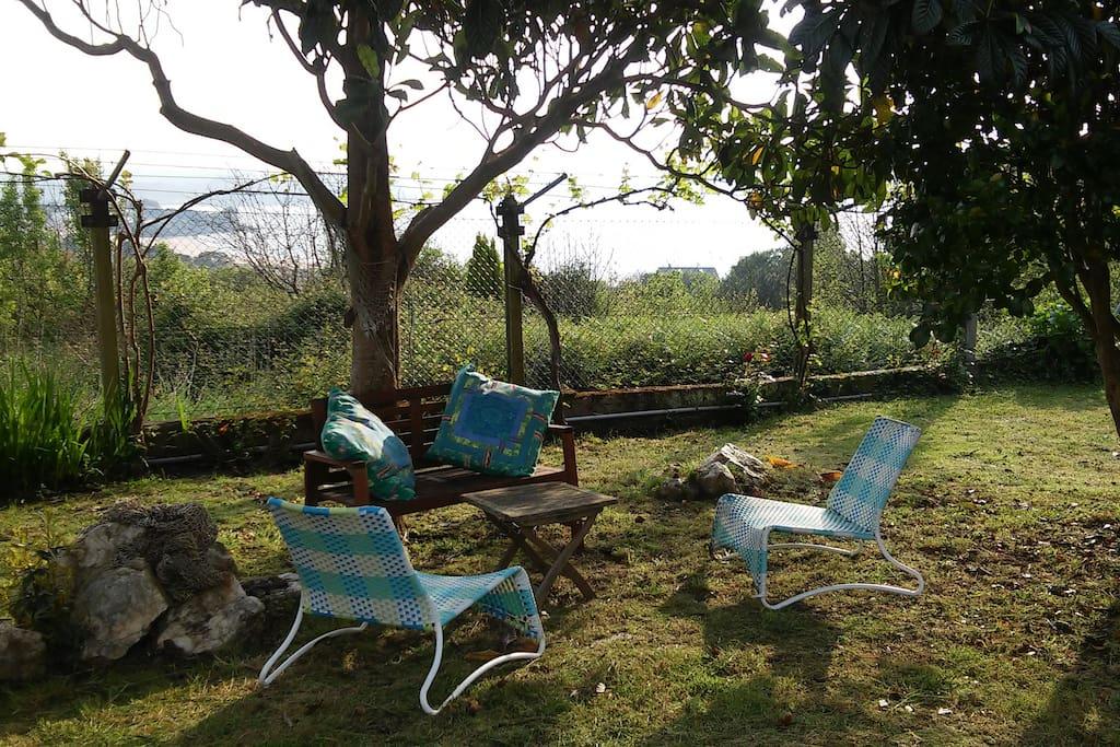 Bungalow cerca de la playa y el bosque en mi o bungalows for Bungalows el jardin retalhuleu guatemala