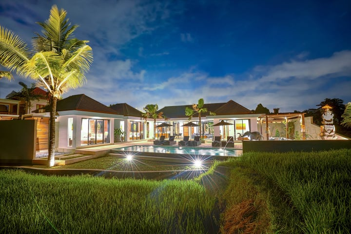 PROMO -70% Zen 3 BR Luxurious Flair amidst Ricefields View