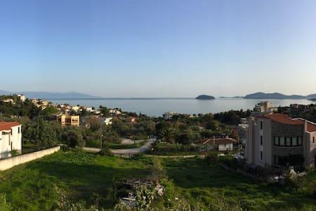 Μεζονέτα με υπέροχη θέα στο Παληό - Paleo Tsifliki - Condominium