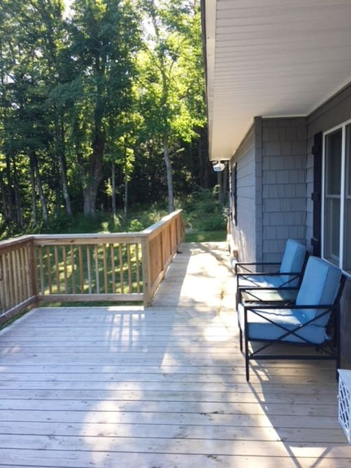 Large Deck in Front of House