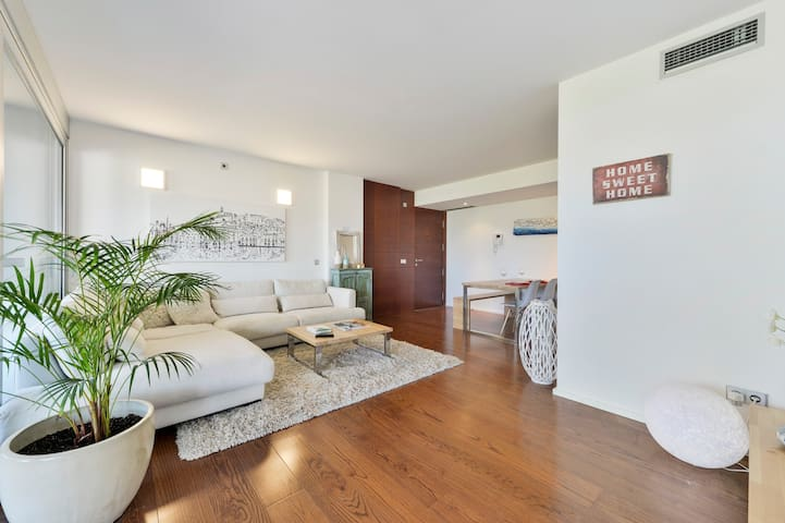 Amazing and luxury apartment in Marina Botafoch
