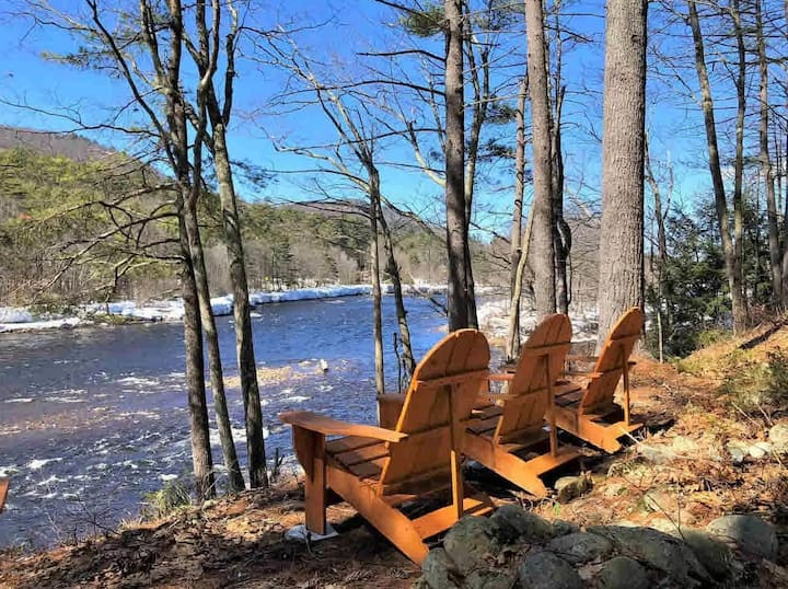"Elegant Adirondack Waterfront Home-""River Rapture"""