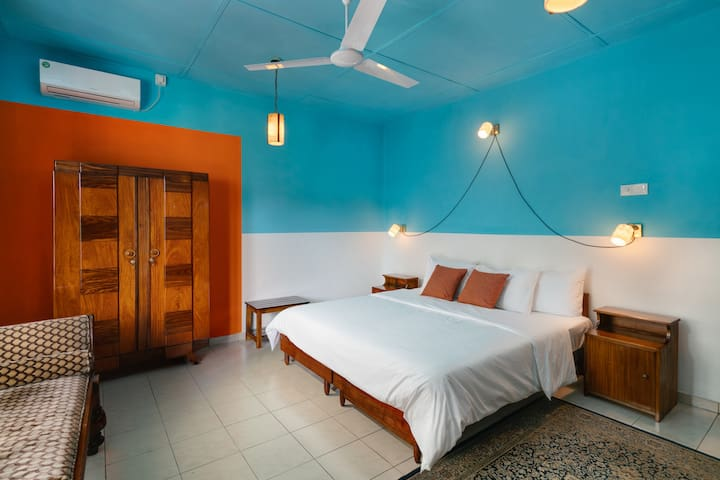 Calming Blue Room 2px Villa Kandy in Revamp House