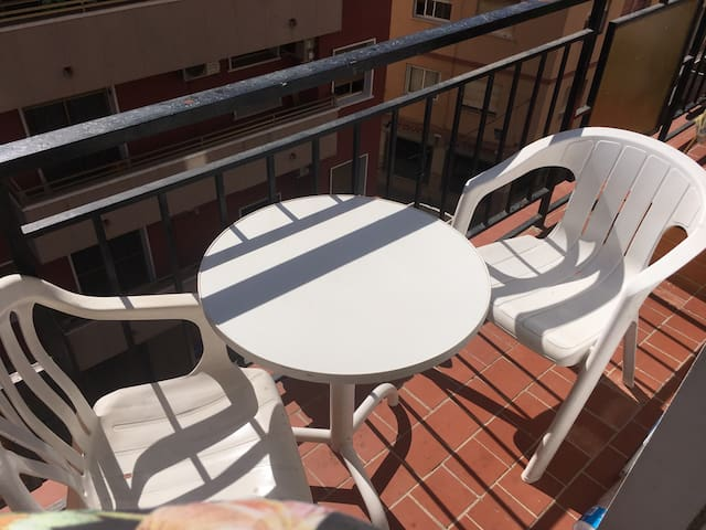 Bright room with private balcon - Málaga - Lägenhet