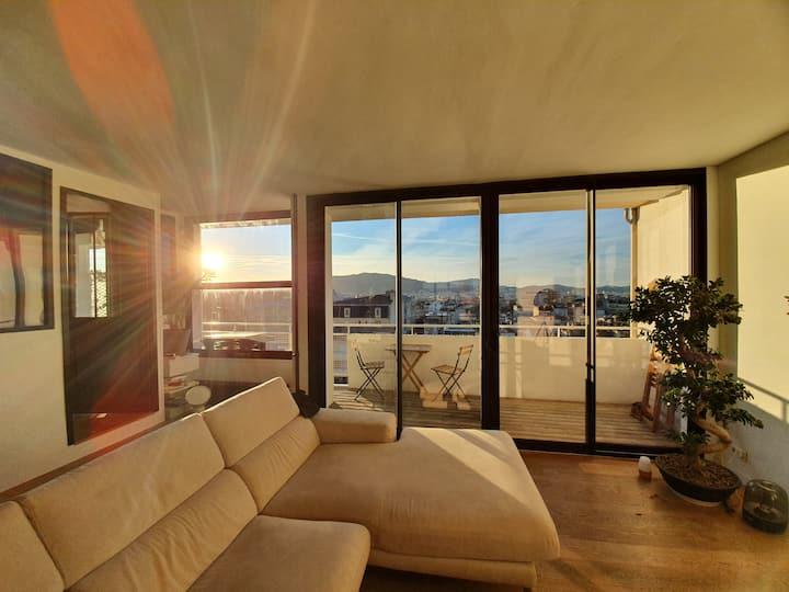 Joli loft au 8ème étage avec vue panoramique