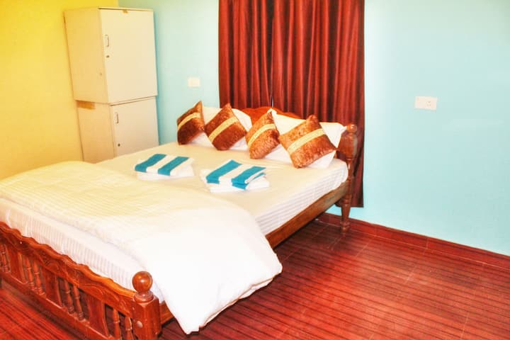 Apartments and deluxe rooms with wifi near beach