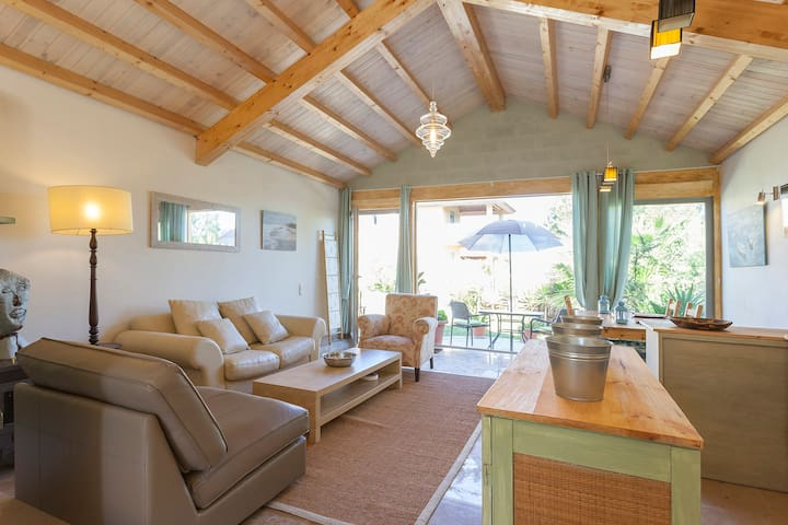 VILLA MARULHA GUINCHO-CASCAIS, 900m from the beach - Cascais - House