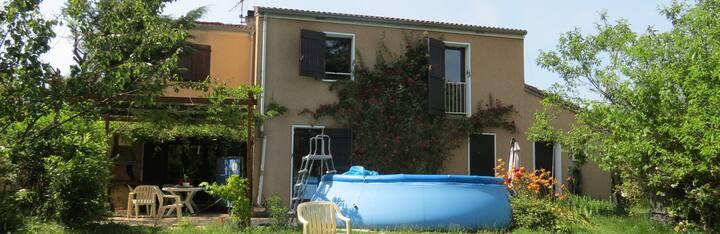 Un logement au vert tout proche de Lyon.