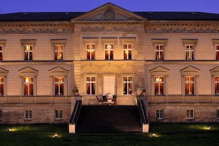 Schloss Tressow - Bobitz