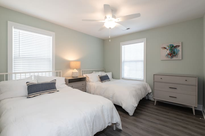 Guest Room with 2 Doubles