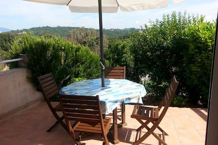 Apt T2 indépendant dans villa, à 400m des plages - Albitreccia