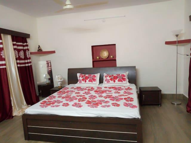 Sayuri house room# 1