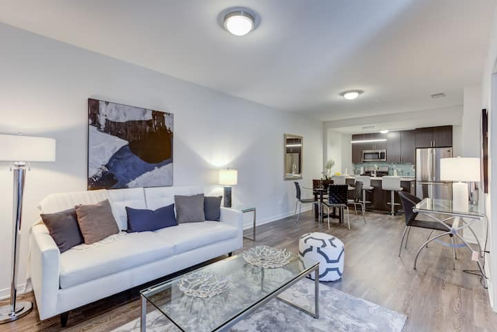 A home you will love | 2BR in Chicago