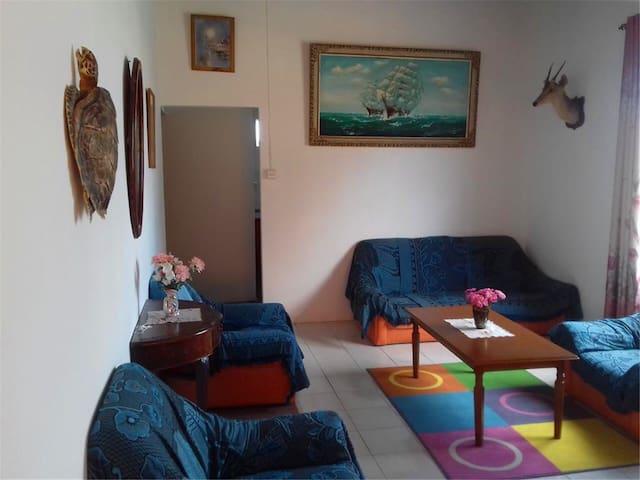 ffers accommodation in Buchar
