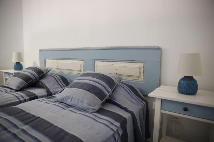 Mezzanine Azul