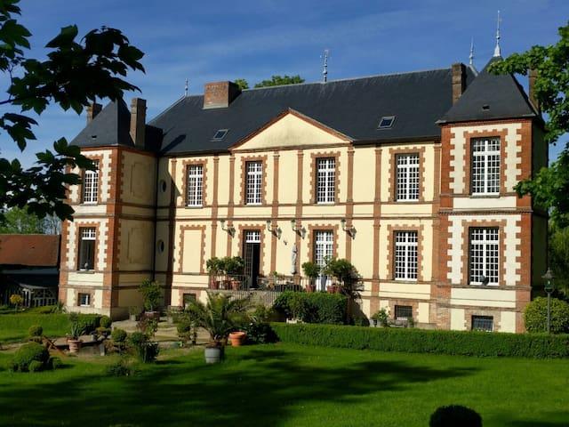Live the dream near Champagne region
