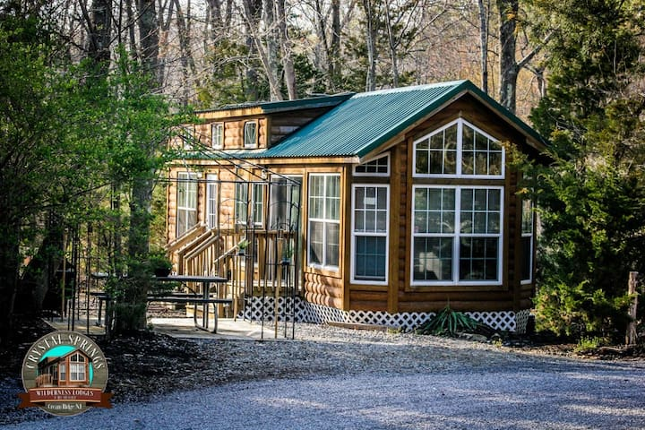 Fully Furnished Cabin - cream ridge