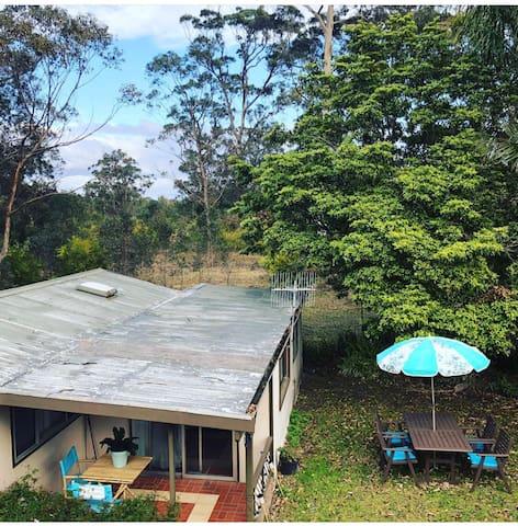 Carawa Cottage (aboriginal for creek)