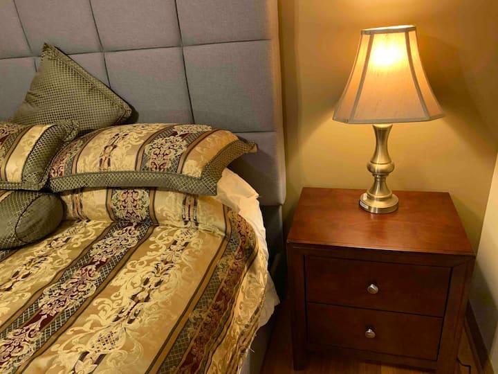 Private Guest Room - Close to Lake Michigan 2E