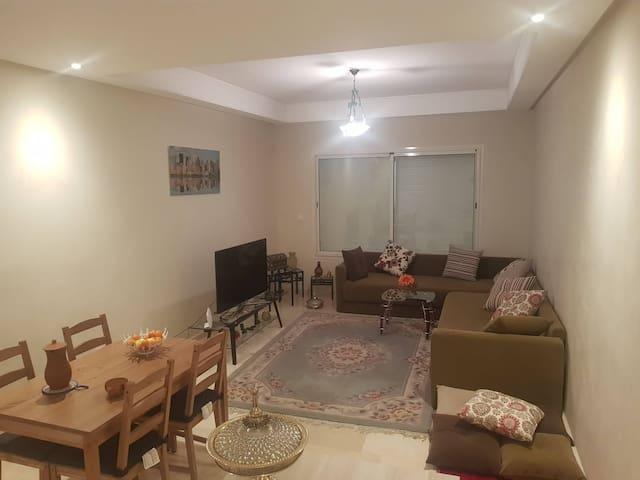 LA CASA : joli appartement / chambre à Casablanca