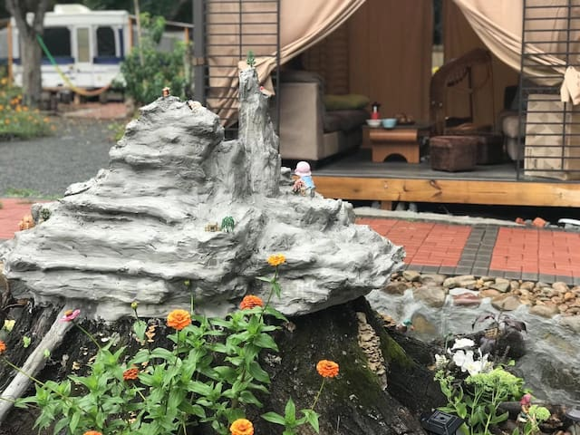 靠近Camelback 的特色石屋