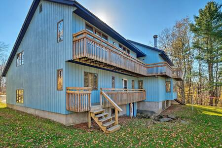 Spacious Wilmington Home w/ Game Room & Deck!