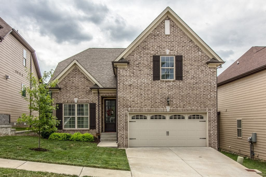 My home is the perfect in between from Downtown Nashville and Downtown Franklin. 15min drive to either one!
