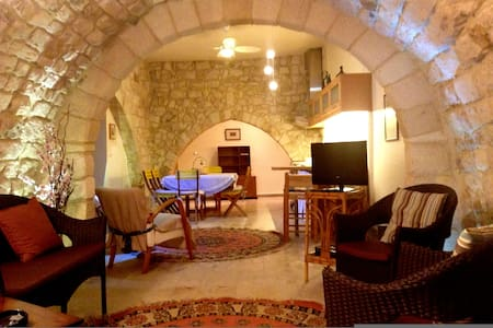 charming cottage, renovated - Sidon District